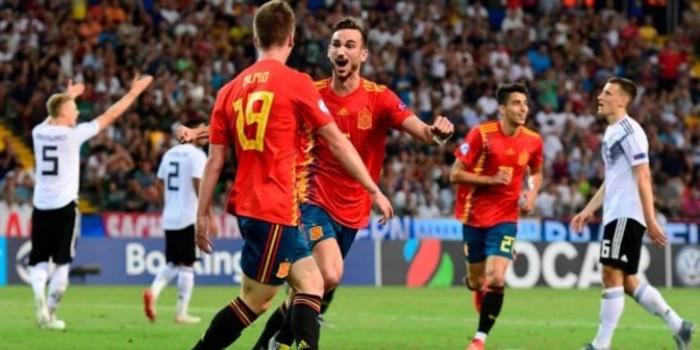 صورة منتخب إسبانيا يتوج بطلا لكأس أمم أوروبا للشباب