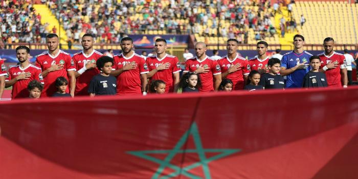 Photo of مدرب مرشح لتدريب المنتخب المغربي يصل إلى مطار محمد الخامس- صور