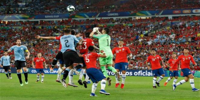 صورة أوروغواي يُسقط تشيلي ويضعه في مواجهة كولومبيا-فيديو