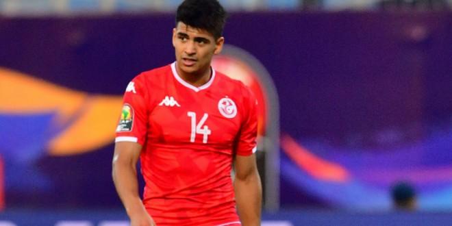 """صورة لاعب المنتخب التونسي يحمل مسؤولية الإقصاء لـ""""VAR"""""""