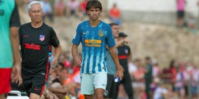 صورة نجم أتليتيكو مدريد الجديد يتعرض للإصابة في أول ظهور