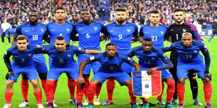 صورة نجم فرنسي يعلن اعتزاله كرة القدم