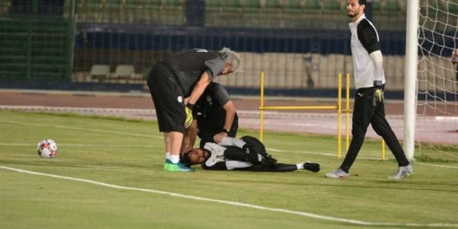 صورة عملية جراحية ناجحة لحارس المنتخب المصري