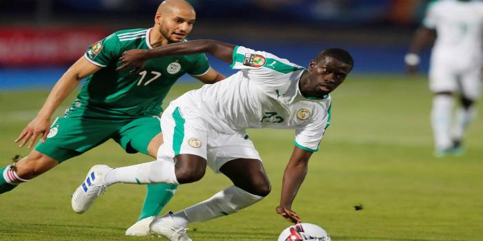 """صورة التشكيلتان المحتملتان لمنتخبي السنغال والجزائر في نهائي """"كان"""" مصر"""