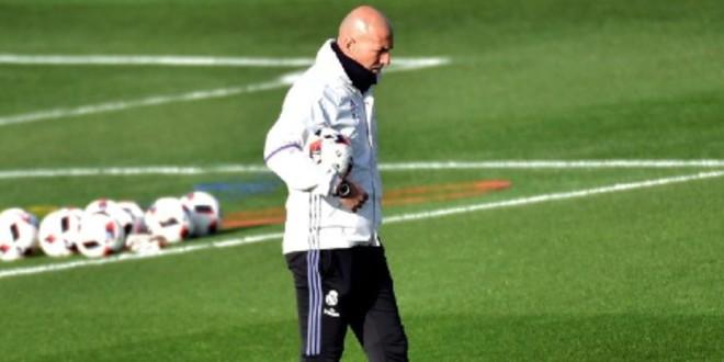 صورة جماهير ريال مدريد تختار المدرب الذي سيعوض زين الدين زيدان