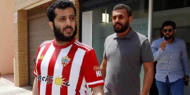 صورة آل الشيخ يتوقع مستقبل عصيب لعالم كرة القدم