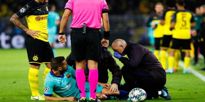 صورة برشلونة يكشف عن طبيعة إصابة جوردي ألبا