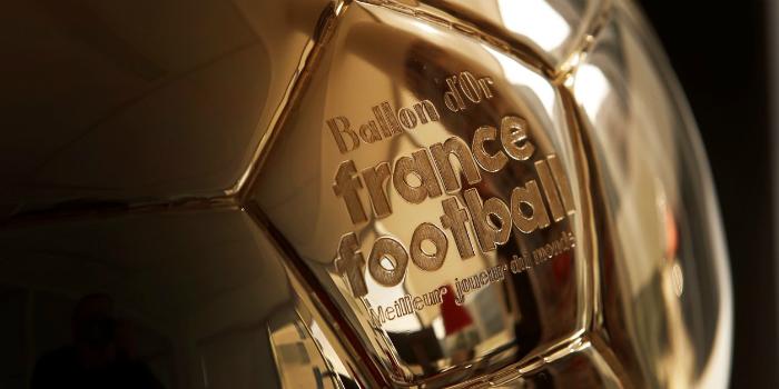 """صورة """"فرانس فوتبول"""" تستحدث جائزة جديدة في حفل تسليم الكرة الذهبية"""