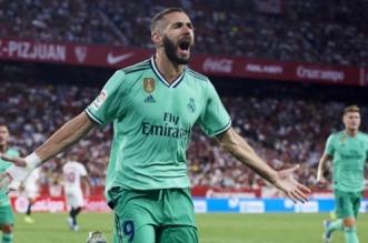 """بنزيما """"المنقذ"""" يقود الريال لصدارة الدوري الإسباني"""