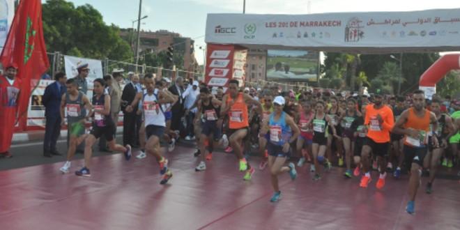 صورة سيطرة مغربية على السباق الدولي لمراكش وتحطيم الرقم القياسي لسباق الاناث