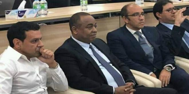 صورة حضور الناصيري والزيات في اجتماع لجنة إصلاح الاتحاد الإفريقي