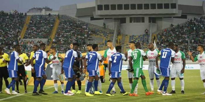 صورة كاف يعلن عن حكام مباراة الرجاء والنصر الليبي