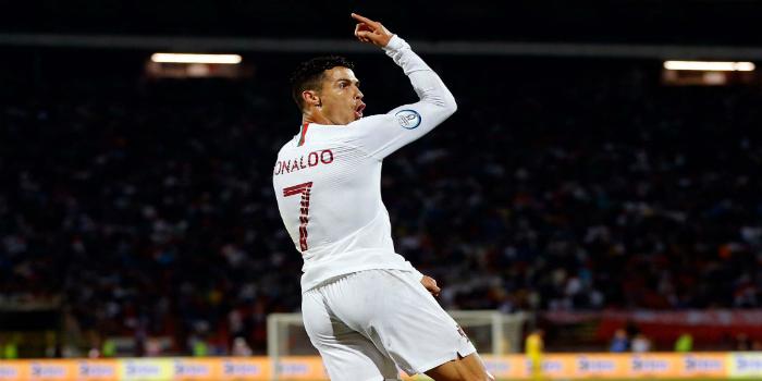 """صورة بـ""""سوبر هاتريك"""".. رونالدو يقود البرتغال لانتصار كبير على ليتوانيا"""