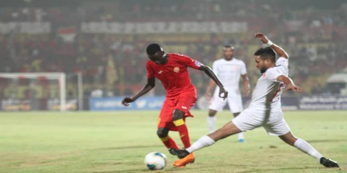صورة حكم مصري يقود مباراة الوداد والمريخ السوداني