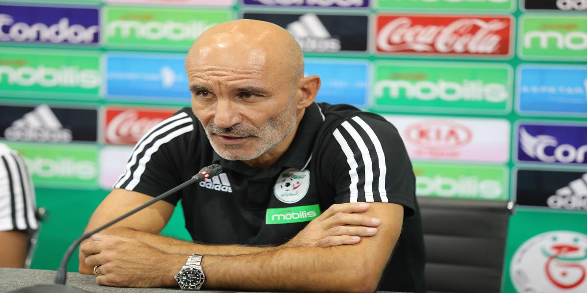 صورة بخلاف حاليلوزيتش..مدرب المنتخب الجزائري يدعم المحليين بهذا التصريح