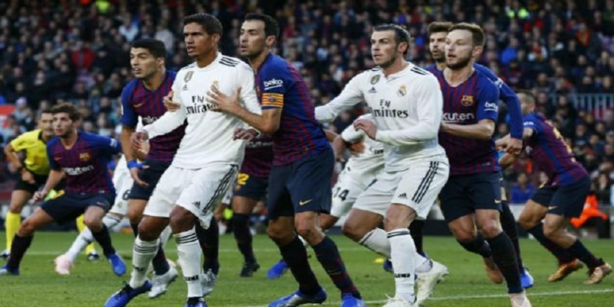 """صورة رابطة الدوري الإسباني تقترح تغيير ملعب """"الكلاسيكو"""""""
