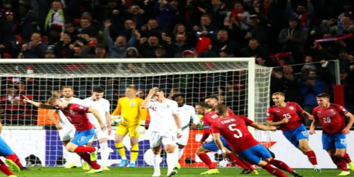 صورة منتخب التشيك يُسقط إنجلترا بهدفين في تصفيات يورو 2020
