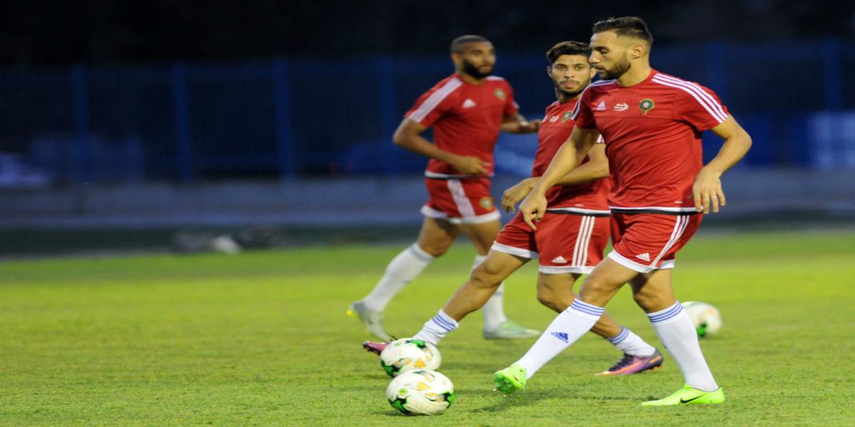 صورة عموتة يستدعي لاعبا جديدا لقائمة المنتخب الوطني المحلي الخاصة بلقاء الجزائر