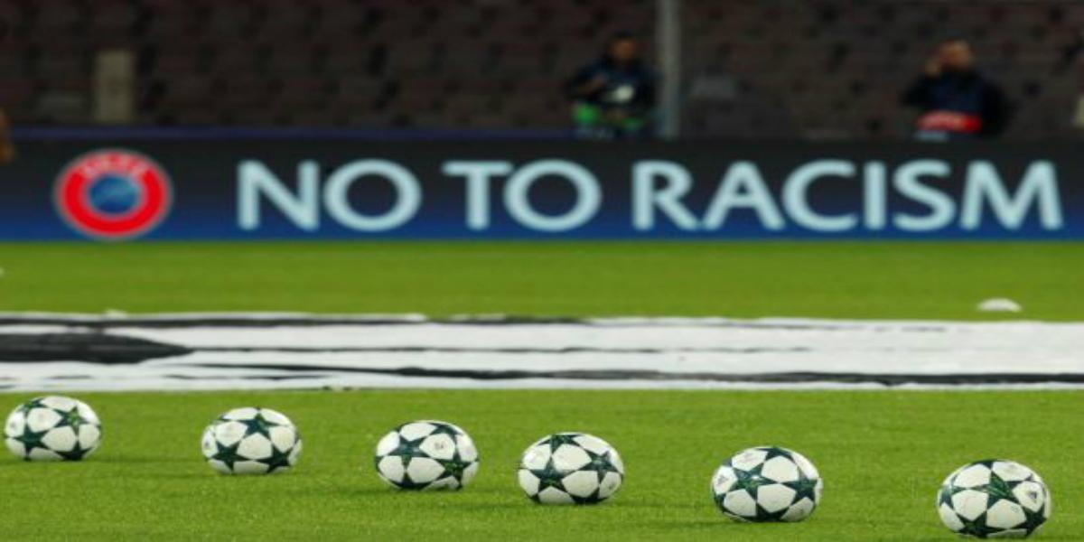 صورة العنصرية تعرض منتخب أوروبي لعقوبات قاسية