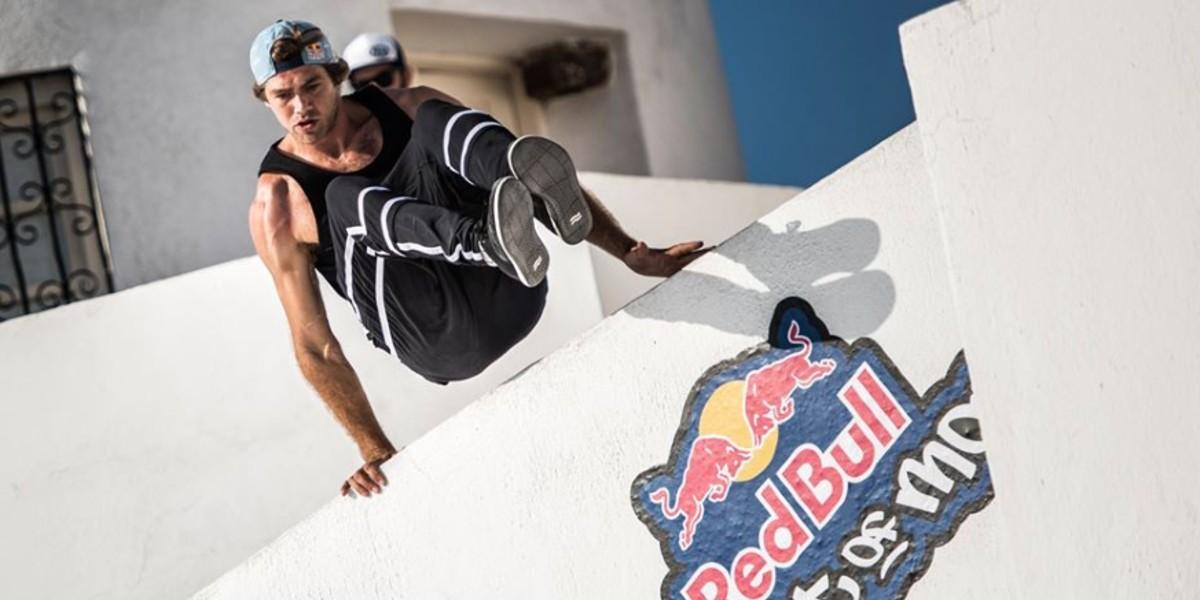 """صورة مغربي يتوج ببطولة """"Redbull art of motion"""" لرياضة الباركور"""