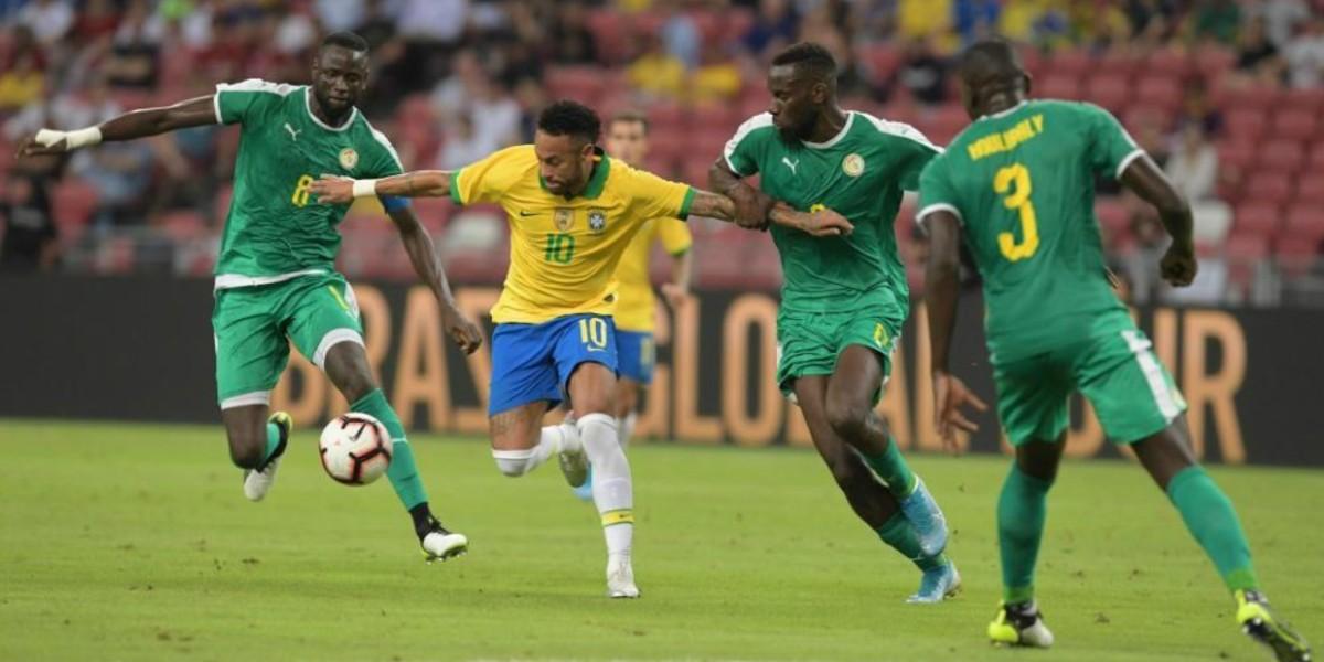 صورة السنغال تفرض التعادل على البرازيل بهدف لمثله