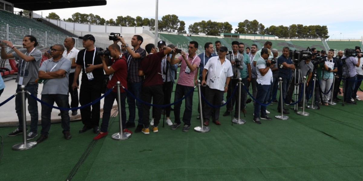 صورة الجامعة تواصل منع الصحافة الوطنية من تغطية مباريات البطولة الاحترافية