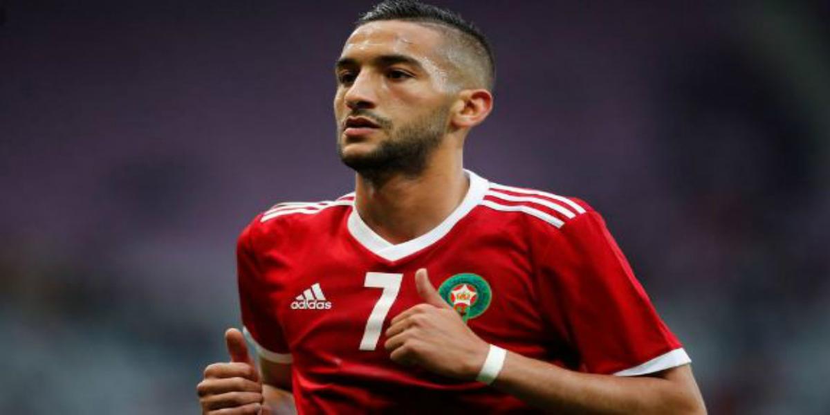 """صورة زياش: """"لم يعد هناك منتخب صغير..وأدعوا المغاربة للصبر ودعم المجموعة"""""""