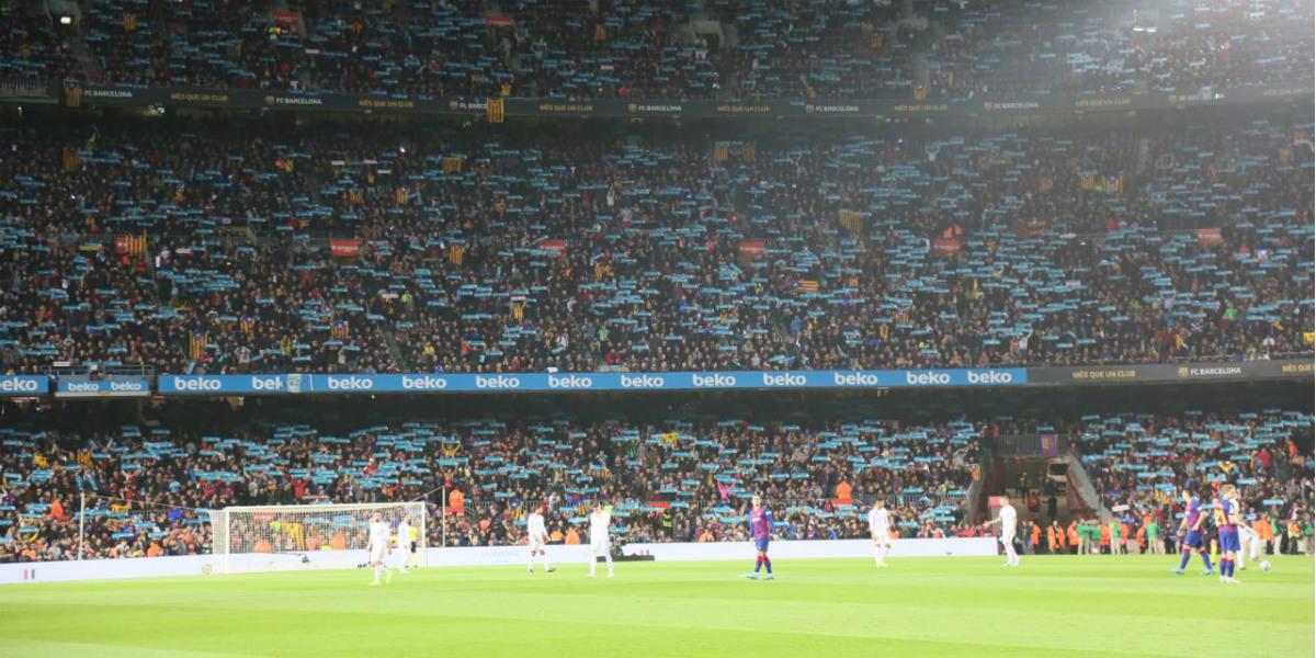صورة الاتحاد الإسباني يُعاقب برشلونة ويهدده بغلق جزء من مدرجات الكامب نو