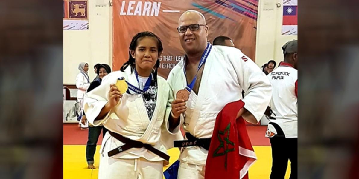 صورة المغربي عطاف يفوز بالميدالية الذهبية في بطولة للجيدو بماليزيا