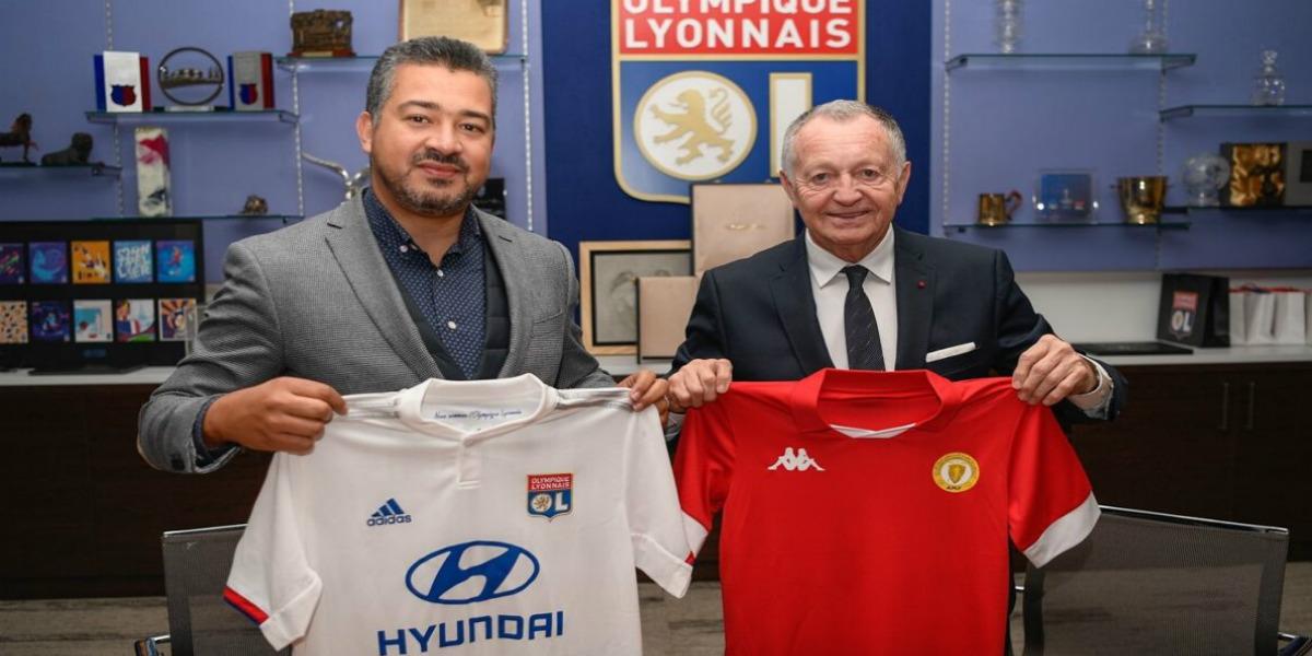صورة اتفاقية شراكة بين أولمبيك ليون وأكاديمية محمد السادس لكرة القدم