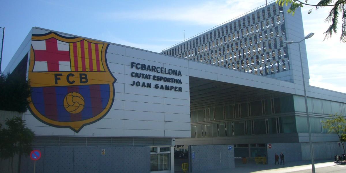 صورة برشلونة يتفوق على جميع أندية أوروبا ويتربع على عرش الإيرادات