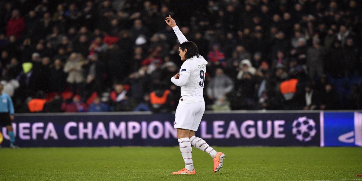 صورة كافاني يقترب من الانضمام لعملاق الدوري الإنجليزي