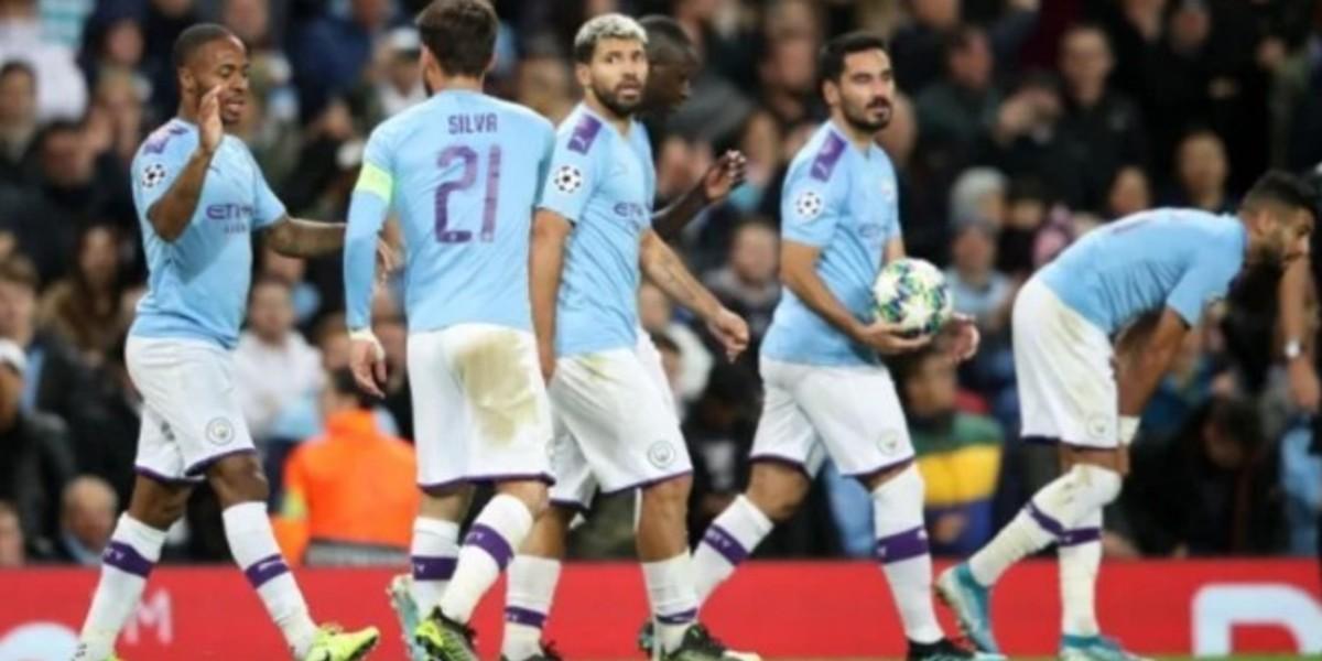 صورة أغويرو يحطم رقم جديد في سوط فريقه أمام كريستال بالاس