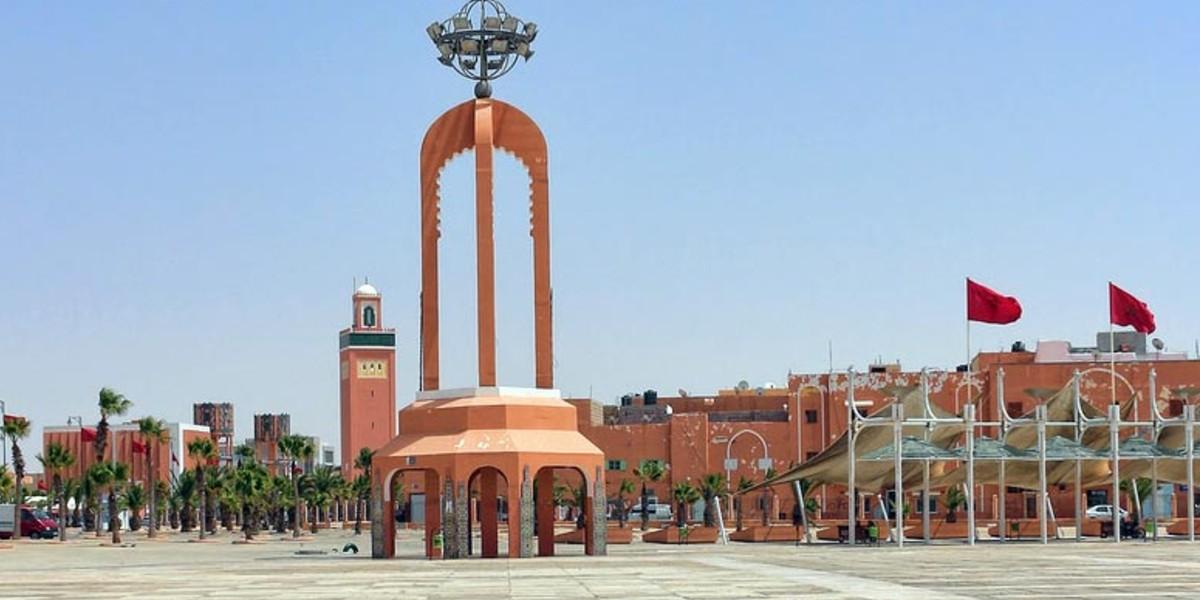 صورة خاص…العيون تحتضن لقاء وديا يجمع المغرب بالبرازيل
