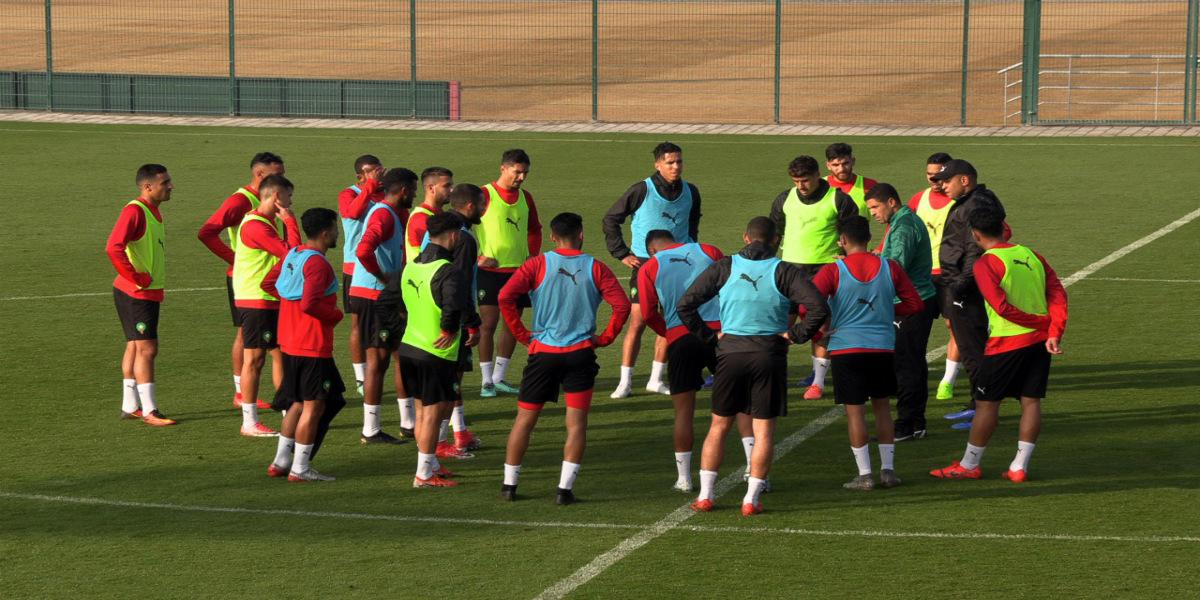 """صورة عموتة يستدعي 25 لاعبا للتجمع الإعدادي المقبل لنهائيات الـ""""شان"""" الكاميرون"""