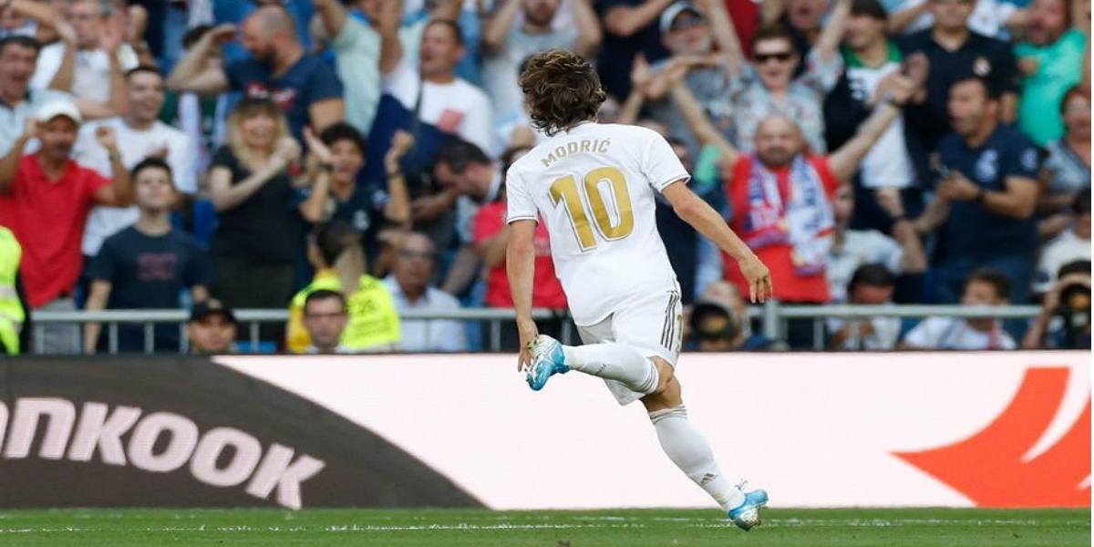 صورة مودريتش يفرض على هذا الفريق التفاوض مع ريال مدريد