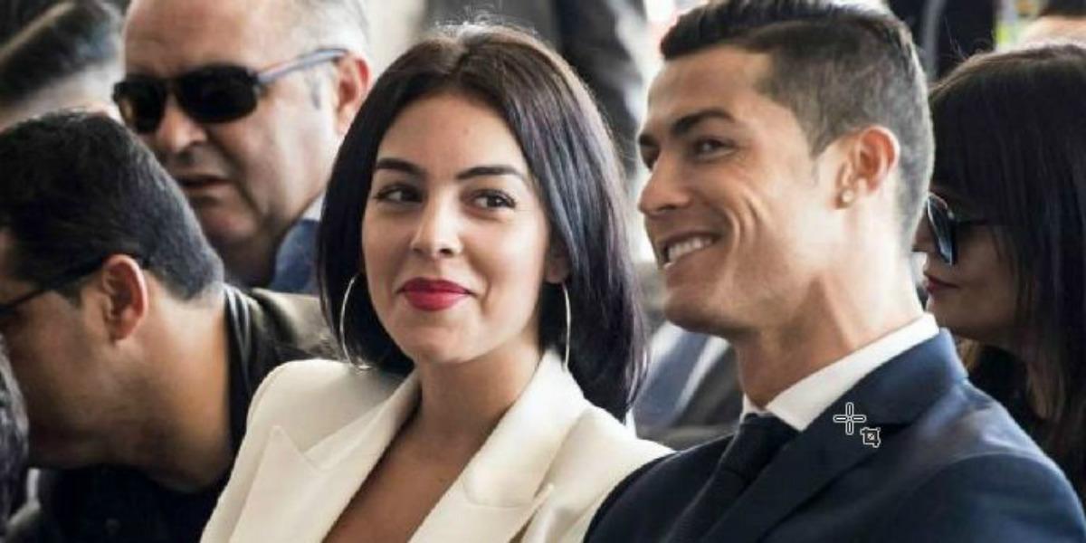"""صورة رونالدو يفاجئ جورجينا بهدية """"مختلفة"""" ثمنها 120 ألف يورو"""