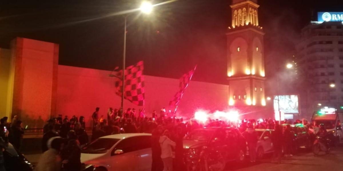 """صورة قبل مواجهة الوداد جماهير اتحاد العاصمة تلهب """"المدينة القديمة""""- فيديو"""