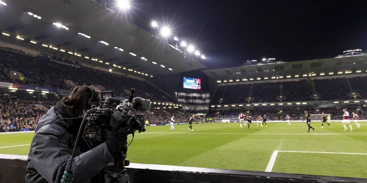 صورة مسؤولو الدوري الإنجليزي يتجهون لكسر احتكار بث مباريات الدوري