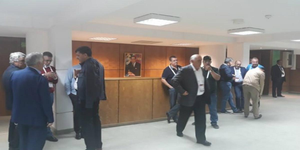صورة أجواء مشحونة ومشادات كلامية تنتهي بتأجيل الجمع العام السنوي لحسنية أكادير
