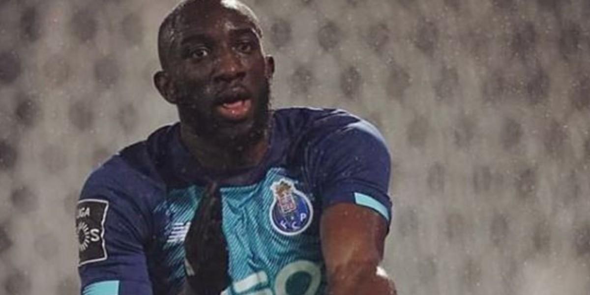 صورة ماريغا لاعب بورتو يتعرض للعنصرية