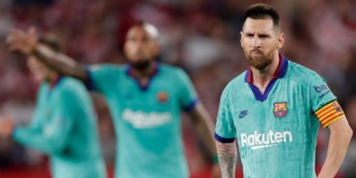 """صورة """"أزمة"""" برشلونة تضع ميسي في حيرة من أمره!"""