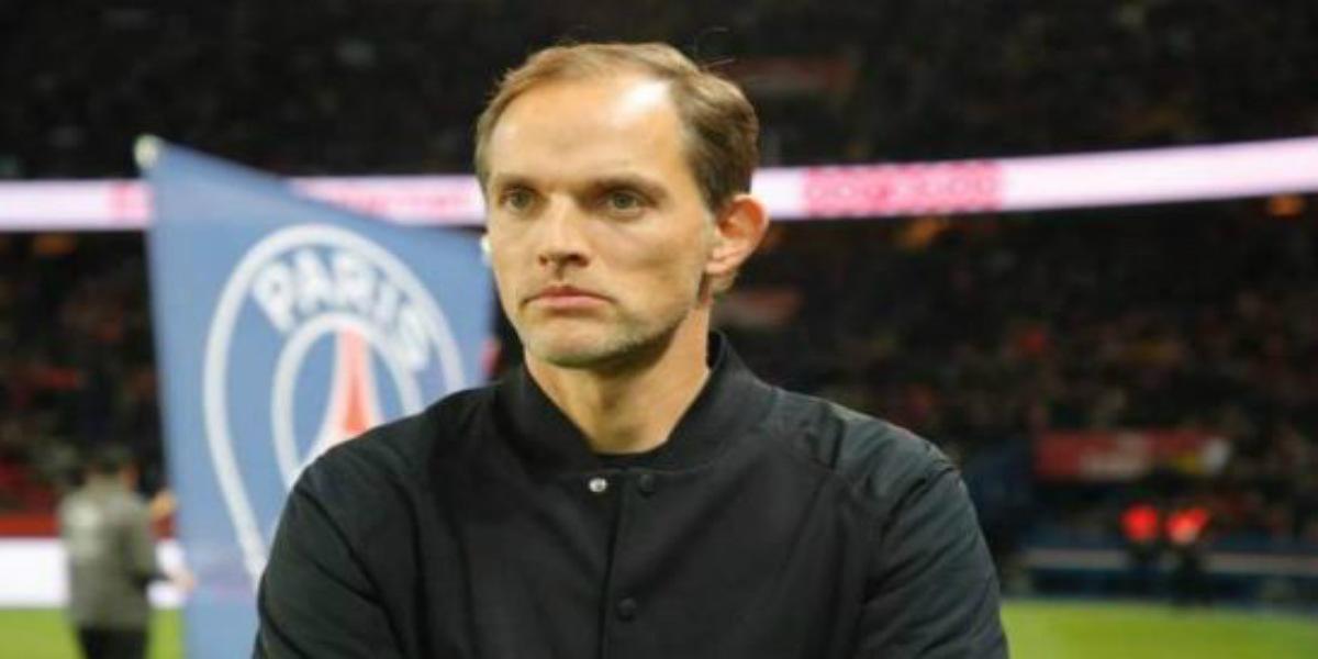 صورة رسميا.. باريس سان جيرمان يقيل مدربه توخيل