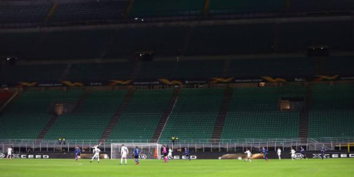 صورة هكذا غيّر فيروس كورونا الحياة اليومية للاعبي كرة القدم