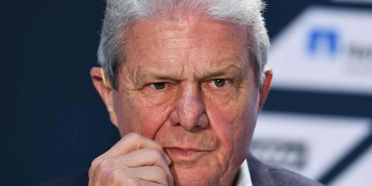 صورة ما سرّ عداء مشجعي بوندسليغا لرئيس هوفنهايم؟