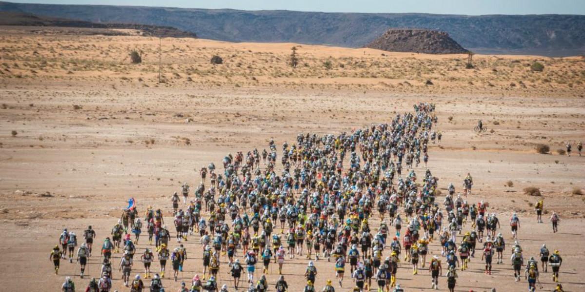 صورة وفاة عداء فرنسي في ماراطون الرمال بالمغرب