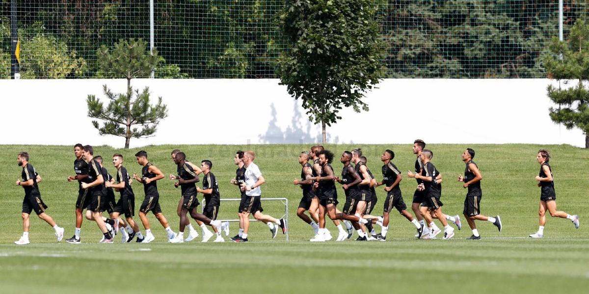 صورة ريال مدريد يعلن رحيل لاعب جديد من صفوفه