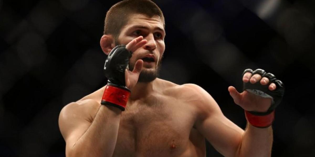 """صورة حبيب في المراكز الثلاثة الأولى بين مقاتلي """"UFC"""" الأعلى أجرا"""
