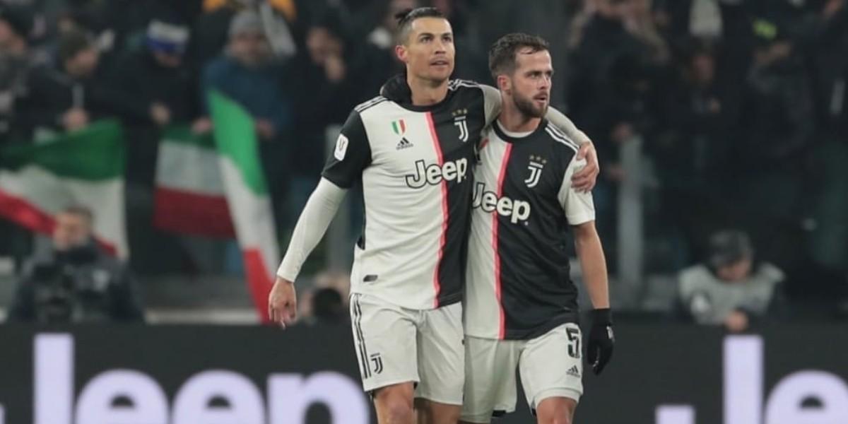 صورة برشلونة يهنئ بيانيتش بعد تحقيق لقب الدوري مع اليوفي