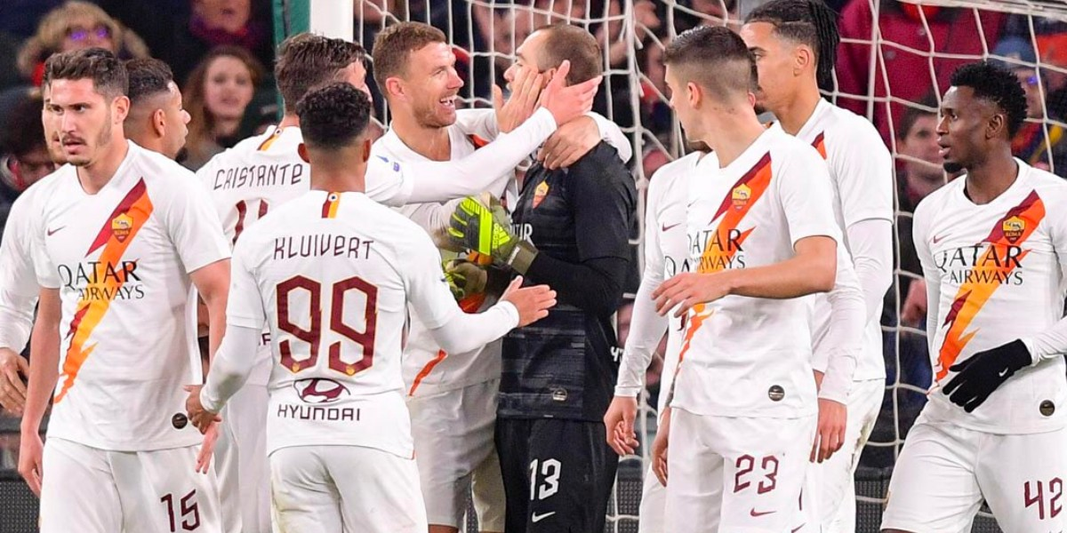 Photo of لاعبو روما يتنازلون عن رواتبهم لمساعدة الفريق في أزمة كورونا
